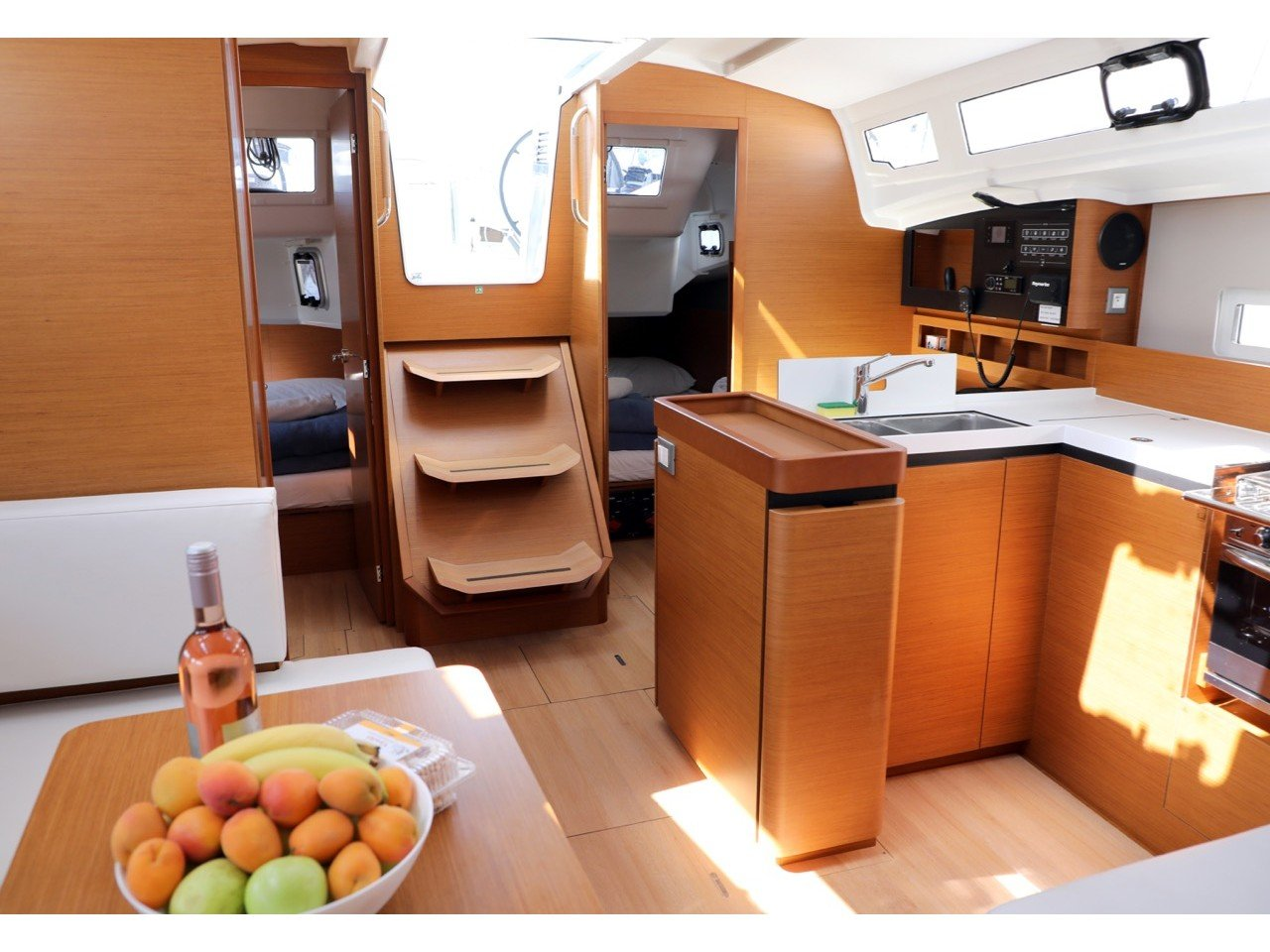 Sun Odyssey 410 (Gold Kiss) Interior image - 5
