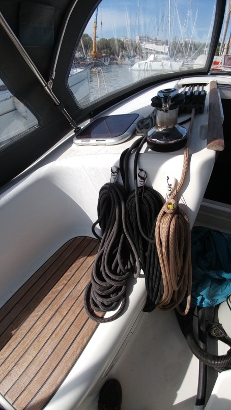 Oceanis 43 (Beluga)  - 29