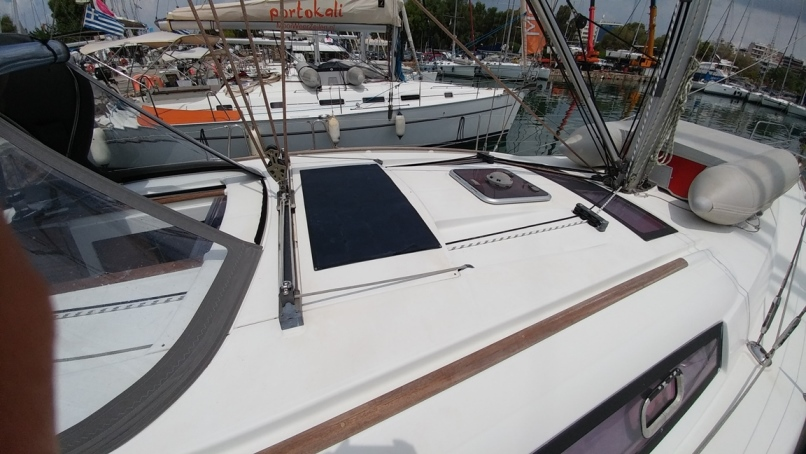 Oceanis 43 (Beluga)  - 32