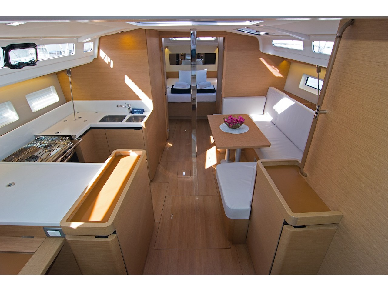 Sun Odyssey 440 (Carlyle) Interior image - 5
