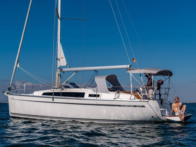 Bavaria 34 Cruiser (Be Happy)  - 4
