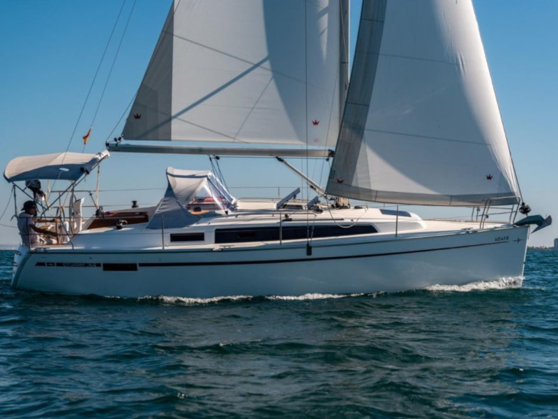 Bavaria 34 Cruiser (Be Happy)  - 15