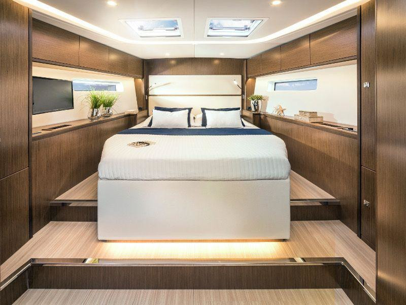 Bavaria Cruiser 57 (Be luxe)  - 2
