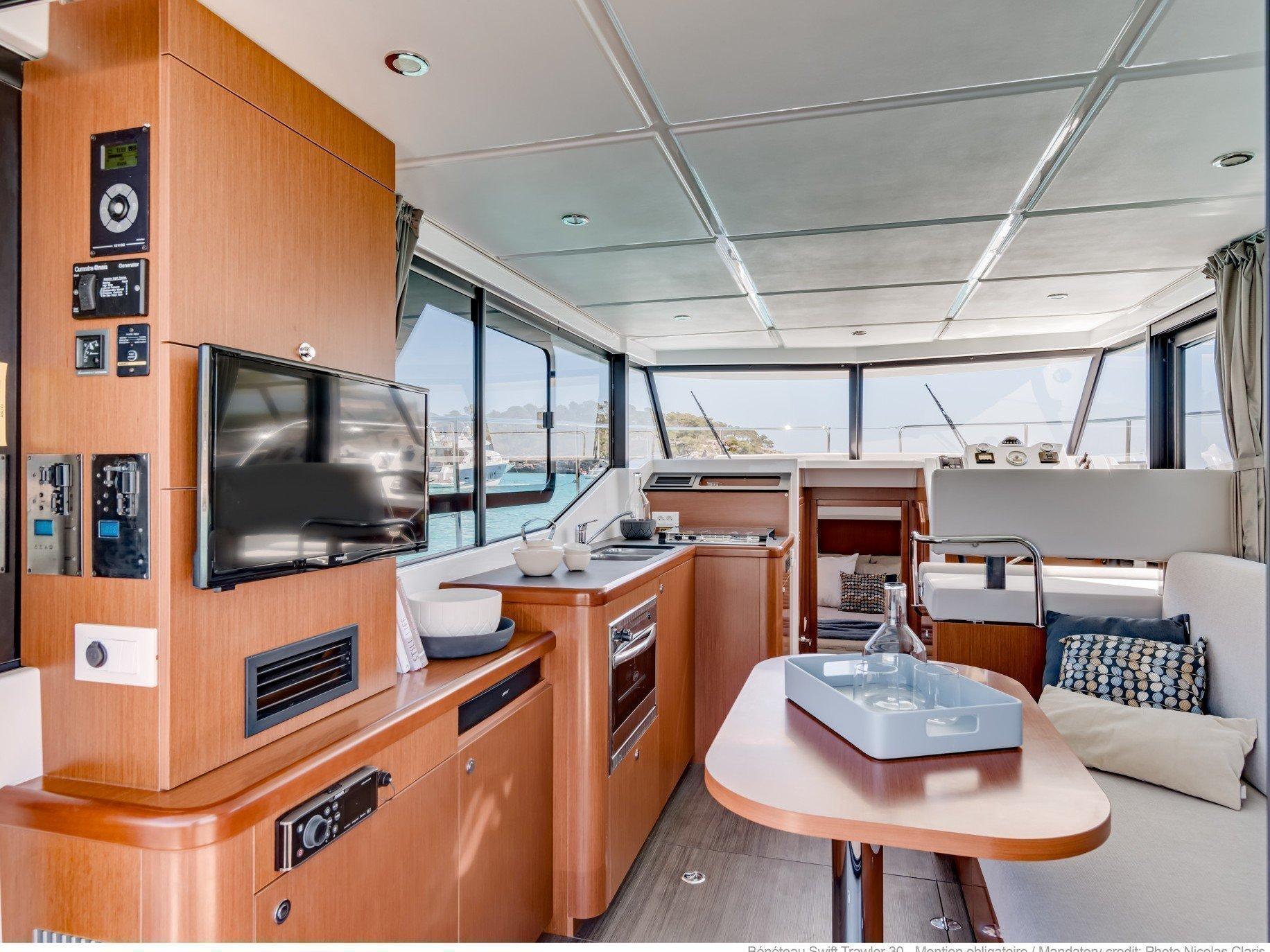 Beneteau Swift Trawler 30 (Odysseus) Interior image - 4