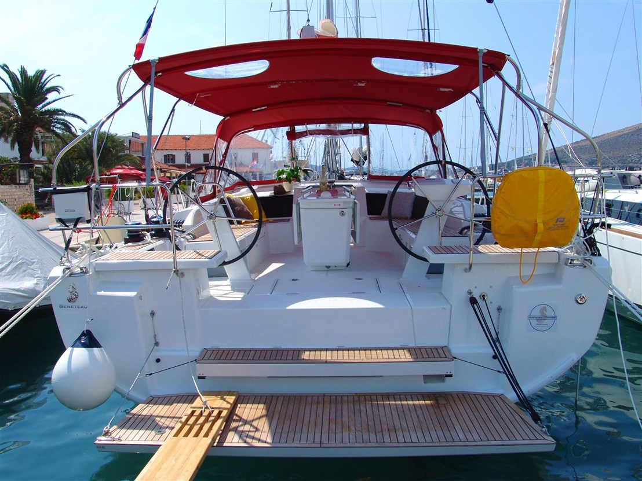 Oceanis 46.1 (SEA YA-with AC)  - 12