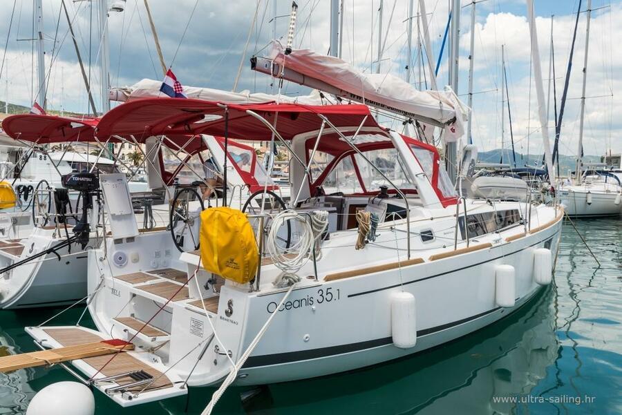 Oceanis 35.1 (BELA)  - 31