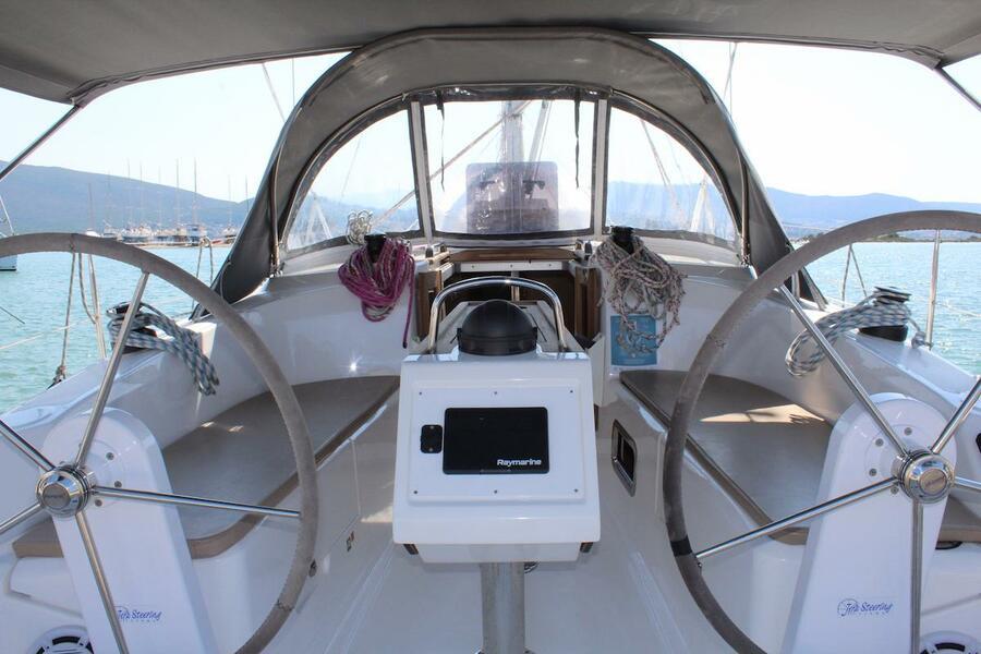 Bavaria 34 Cruiser (Why Not 15)  - 8
