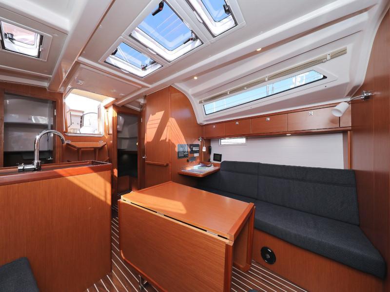 Bavaria Cruiser 37 (Lupe)  - 72