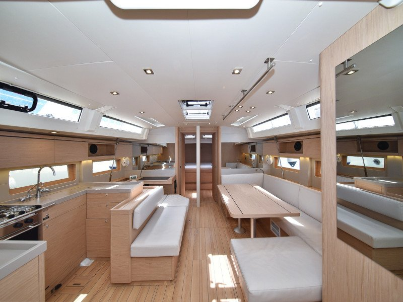 Oceanis 51.1  (Zephyr B with A/C and generator) Interior image - 83