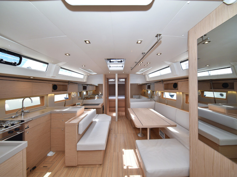 Oceanis 51.1 (Zephyr B with A/C and generator) Interior image - 82