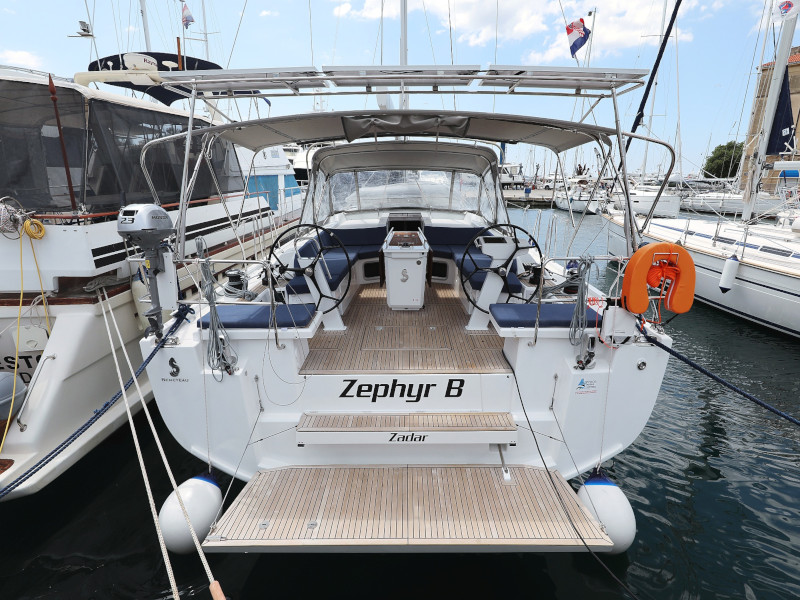 Oceanis 51.1  (Zephyr B with A/C and generator)  - 72