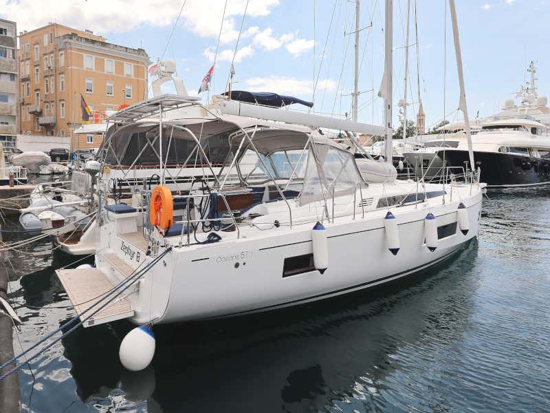 Oceanis 51.1  (Zephyr B with A/C and generator)  - 59