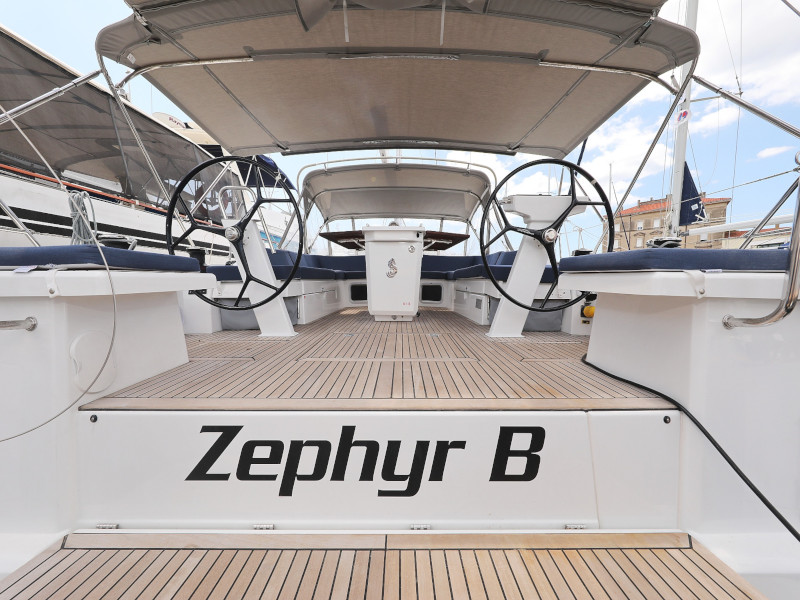 Oceanis 51.1 (Zephyr B with A/C and generator)  - 10