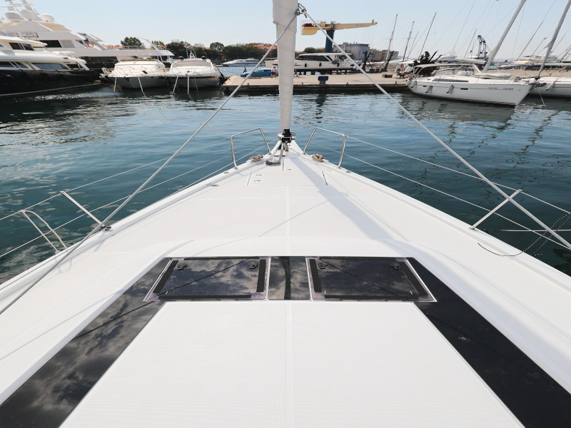 Oceanis 46.1 (Mr.White with A/C and generator)  - 64