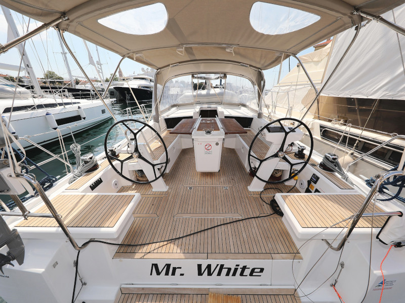 Oceanis 46.1 (Mr.White with A/C and generator)  - 22