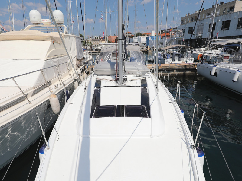 Oceanis 46.1 (Mr.White with A/C and generator)  - 12