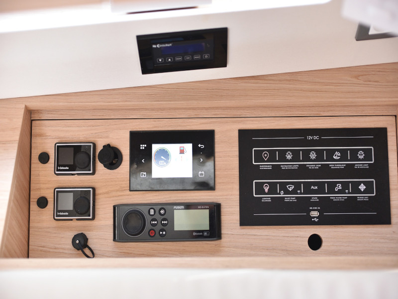 Oceanis 46.1 (Mr.White with A/C and generator)  - 73