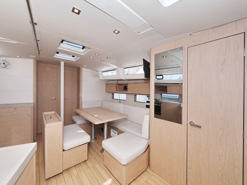 Oceanis 46.1 (Mr.White with A/C and generator)  - 31