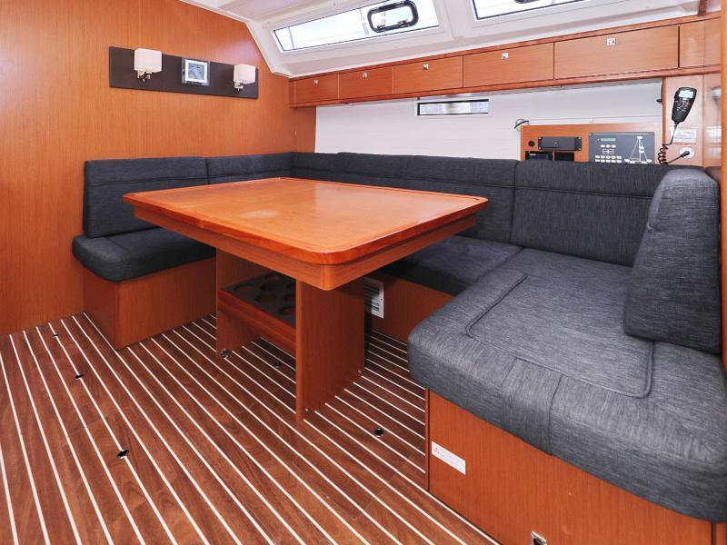 Bavaria Cruiser 46 (Ticija with A/C and generator (2015))  - 10