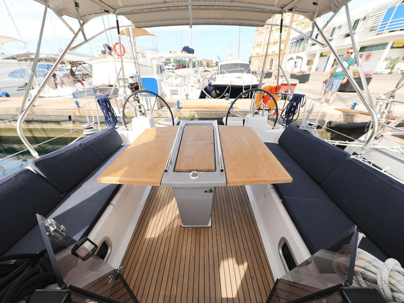 Oceanis 41.1 (SEVEN with A/C)  - 49