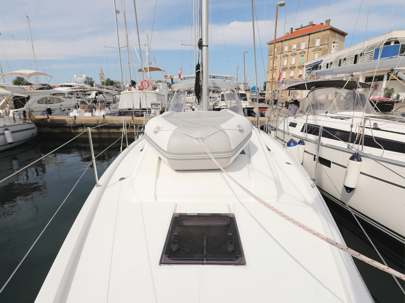 Oceanis 41.1 (SEVEN with A/C)  - 13