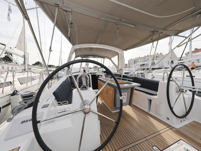 Oceanis 41.1 (SEVEN with A/C)  - 87