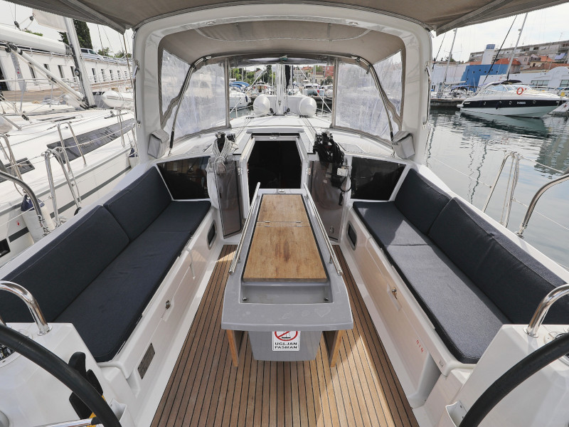 Oceanis 41.1 (SEVEN with A/C)  - 100