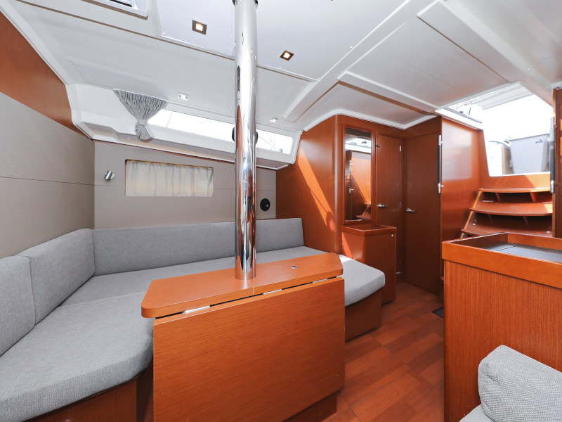 Oceanis 41.1 (SEVEN with A/C)  - 90