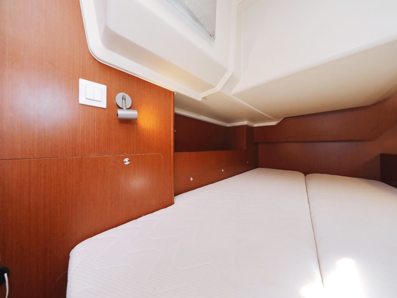 Oceanis 41.1 (SEVEN with A/C)  - 78