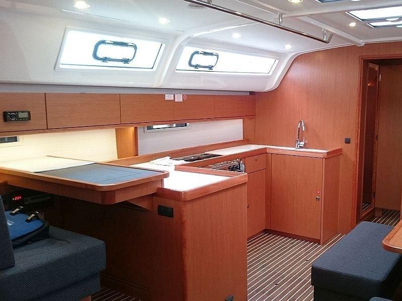 Bavaria Cruiser 51 (Alissa) Interior image - 2