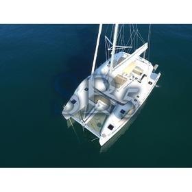 Sailing Blue 5 - (A/C - Generator)