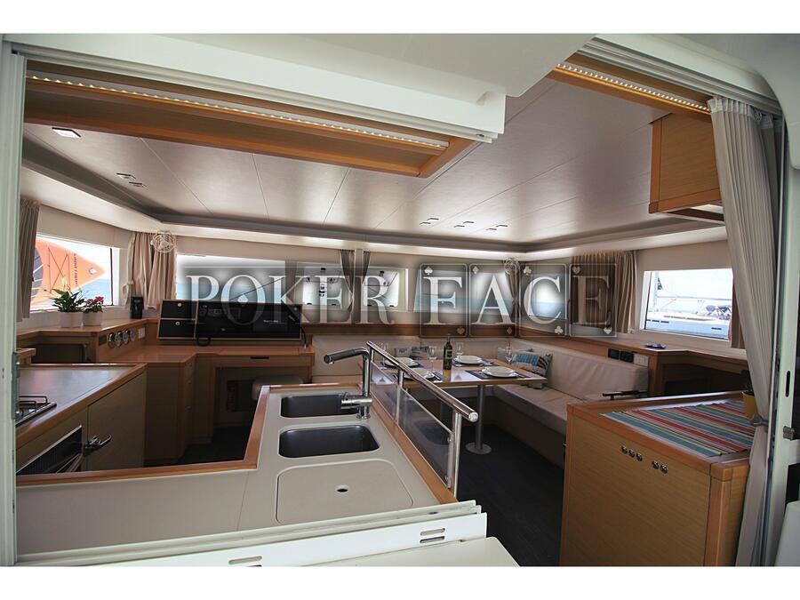Lagoon 450 (Poker Face  - (A/C - Generator)) Interior image - 5