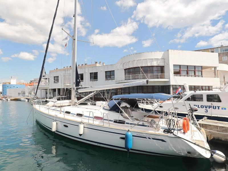 Bavaria 50 Cruiser (Fortunal)  - 36