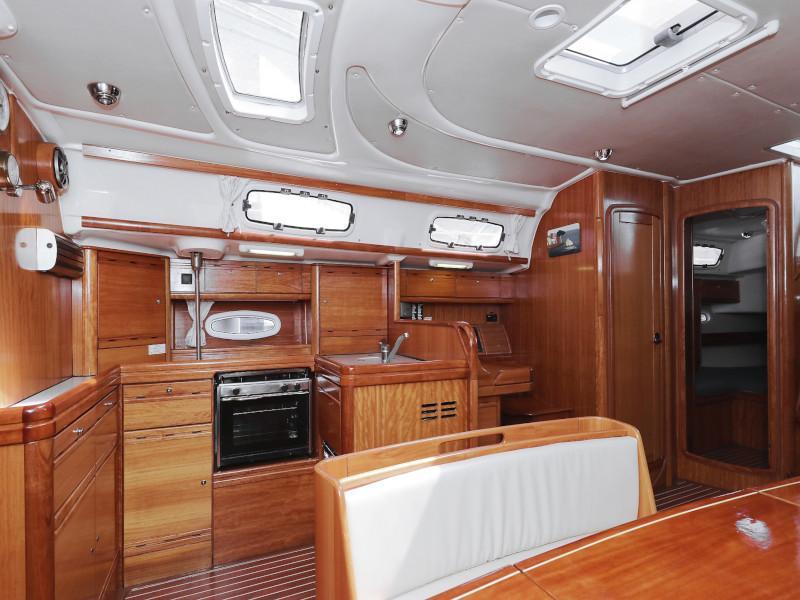 Bavaria 50 Cruiser (Fortunal)  - 38