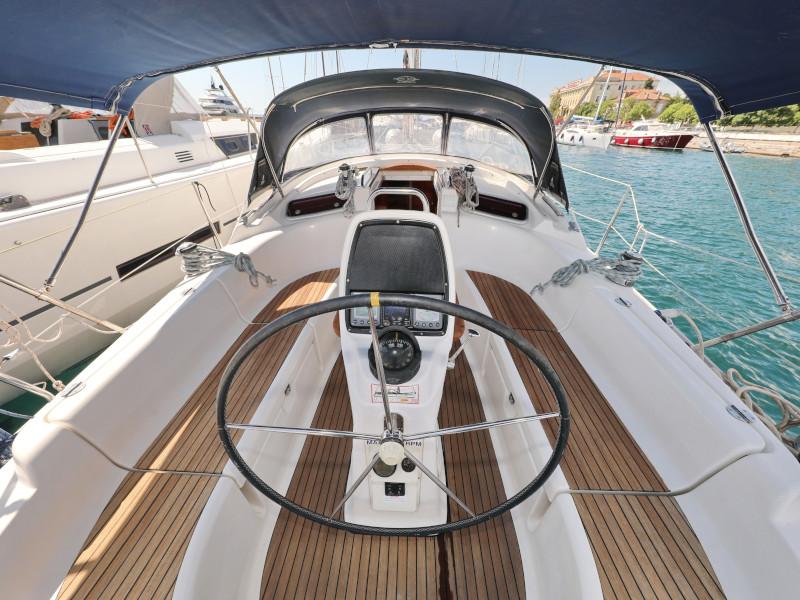 Bavaria 37 Cruiser (Mateja)  - 53