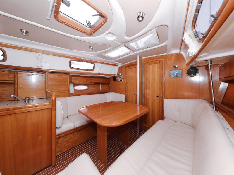 Bavaria 37 Cruiser (Mateja)  - 4