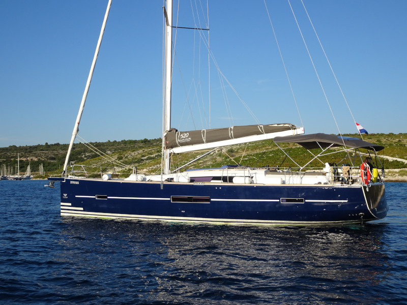 Dufour 520 GL (EURUS - BLUE HULL, AC+GEN., UNDERWATER LIGHTS) Main image - 0