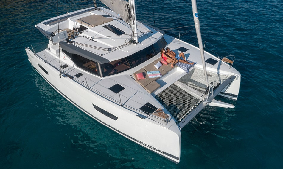 Astréa 42 (Sissy- A/C & Watermaker & Generator & Electrical Platform - 4+2 Cabins/4 Heads)  - 10