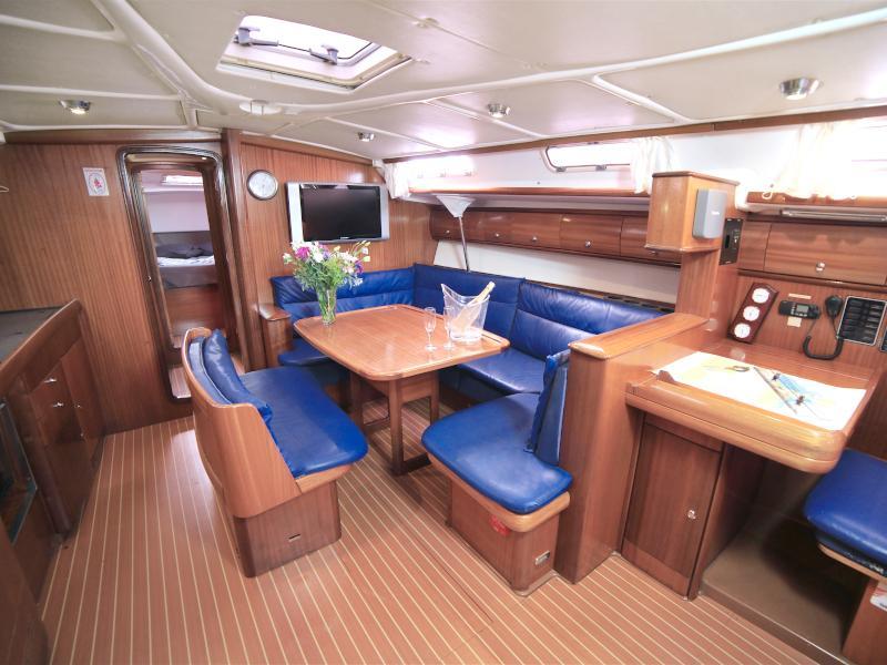 Bavaria 44 (Sail Charlie) Interior image - 1
