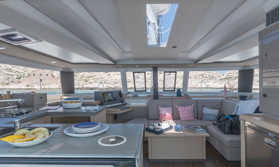 Astréa 42 (Sissy- A/C & Watermaker & Generator & Electrical Platform - 4+2 Cabins/4 Heads)  - 4