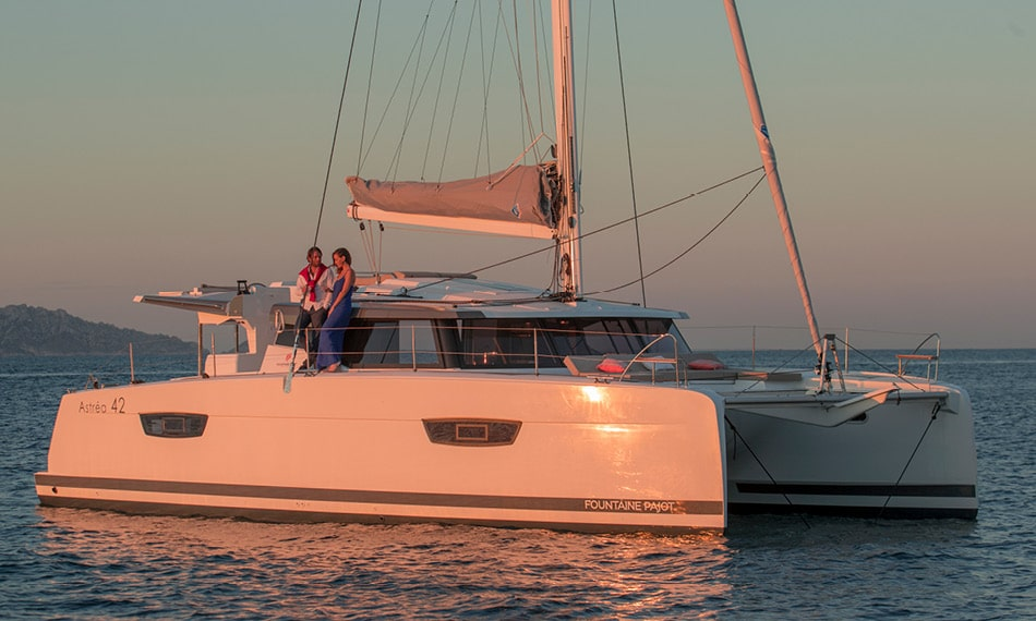 Astréa 42 (Sissy- A/C & Watermaker & Generator & Electrical Platform - 4+2 Cabins/4 Heads)  - 8