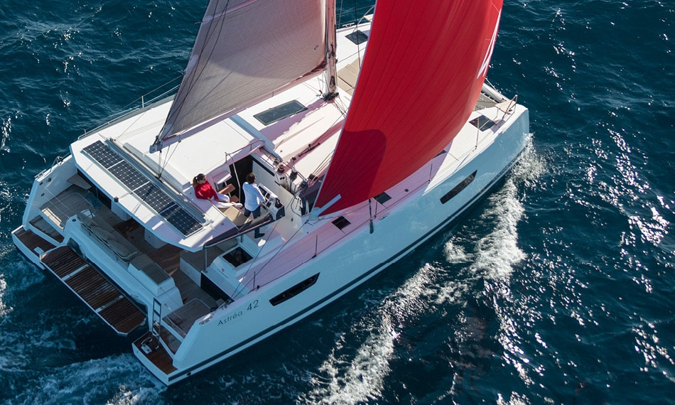 Astréa 42 (Sissy- A/C & Watermaker & Generator & Electrical Platform - 4+2 Cabins/4 Heads)  - 9