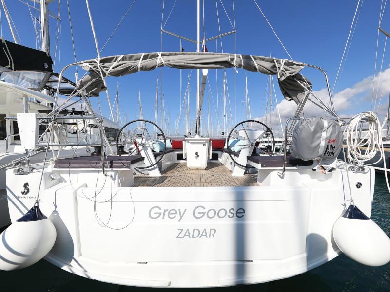 Oceanis 51.1 (GREY GOOSE )  - 24