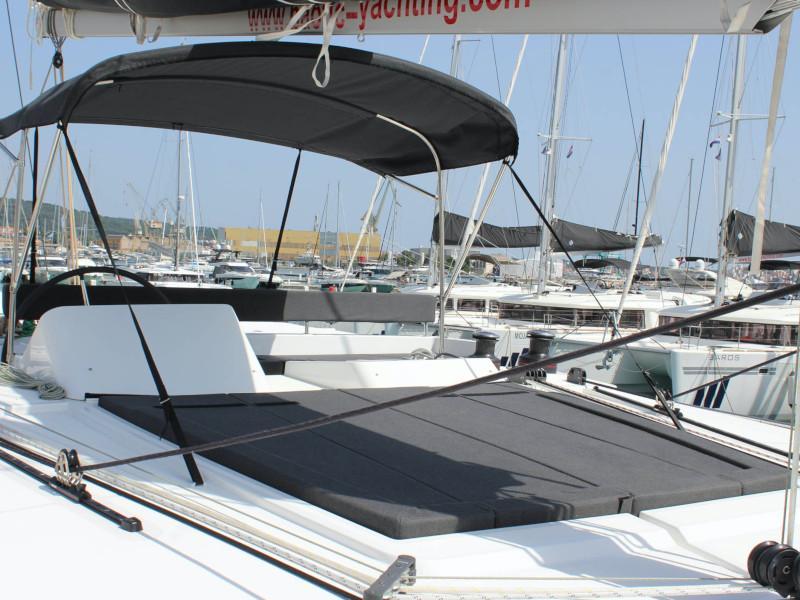 Lagoon 450 (NADA I FLY ( AC in salon and cabin + generator ))  - 14