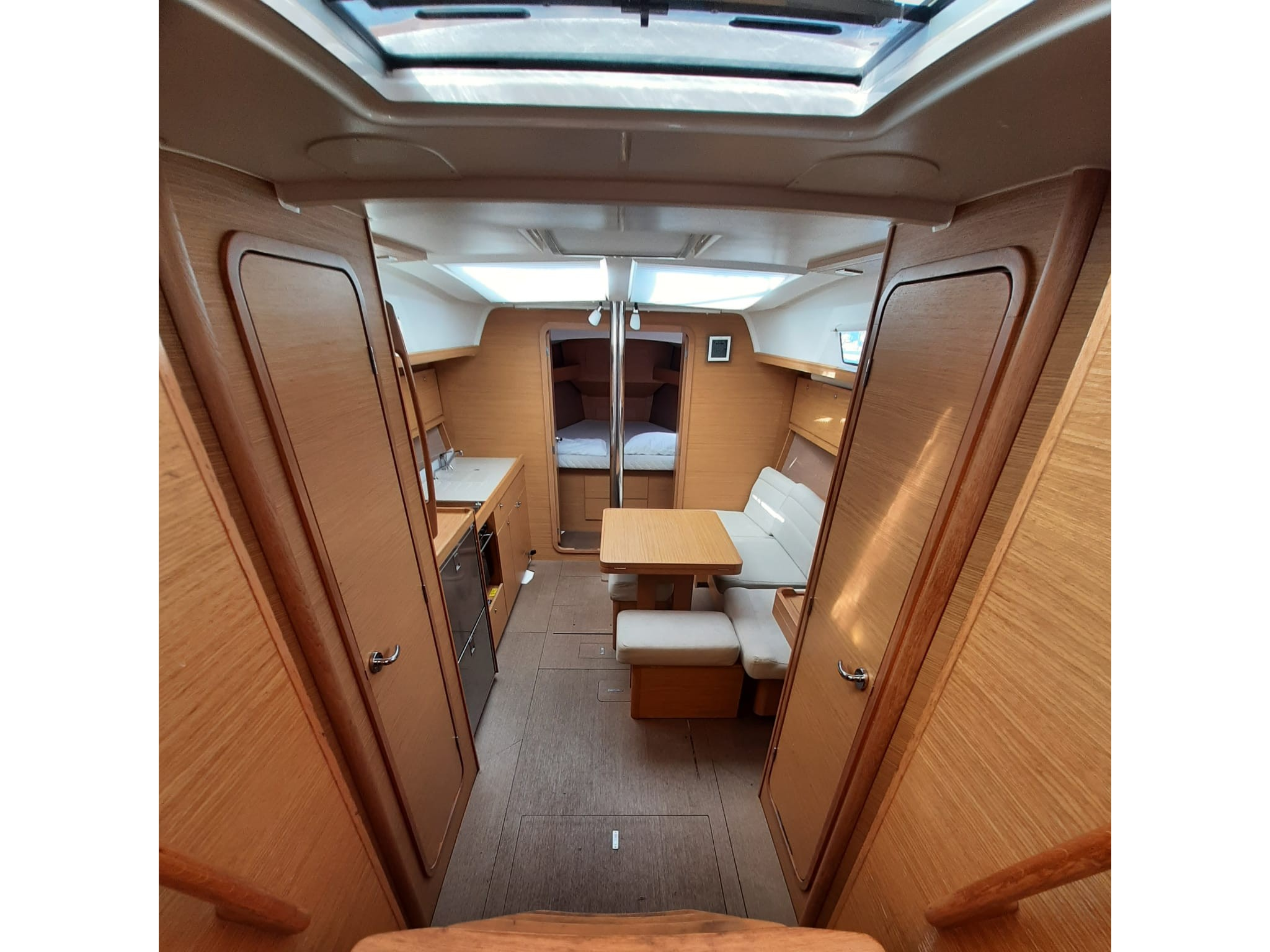 Dufour 382 Grand Large Notus 2016 (Notus) Interior image - 2