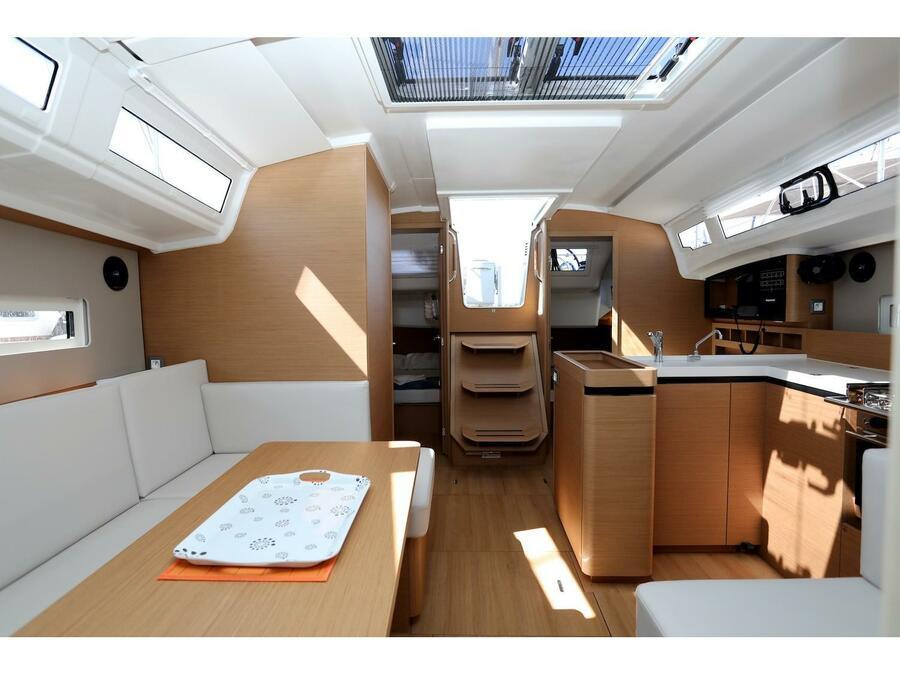 Sun Odyssey 410 (Gold Kiss) Interior image - 8