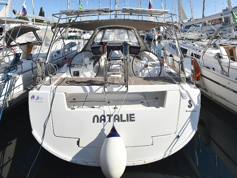 Oceanis 41 (Natalie with A/C)  - 52