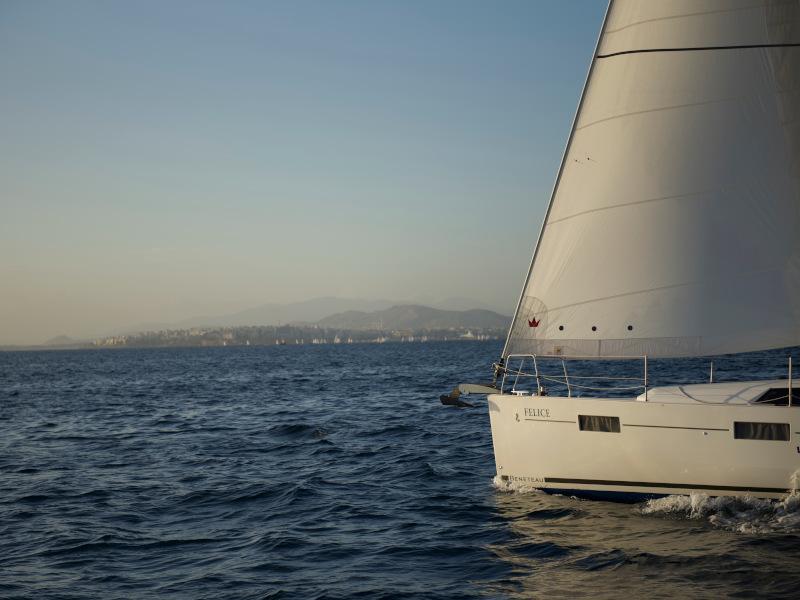 Oceanis 41.1 (Felice)  - 17