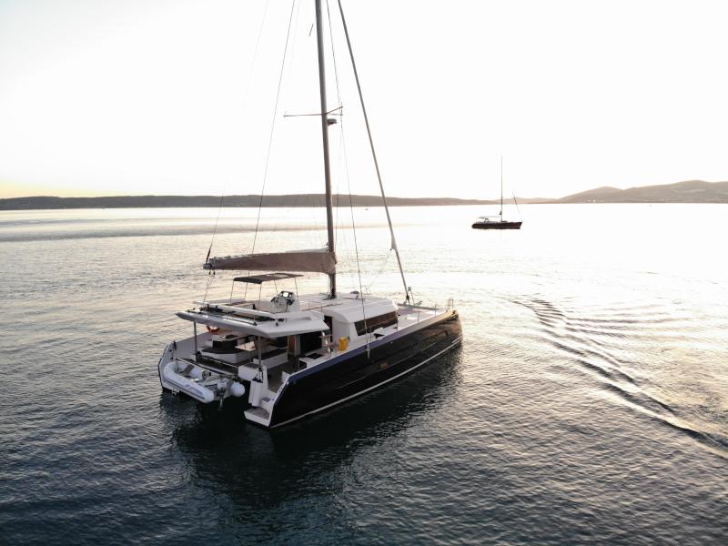 Dufour 48 Catamaran (SHU - BLUE HULL, AC+GEN., UNDERWATER LIGHTS)  - 12