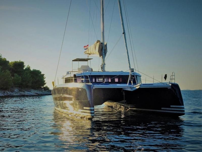 Dufour 48 Catamaran (SHU - BLUE HULL, AC+GEN., UNDERWATER LIGHTS)  - 44